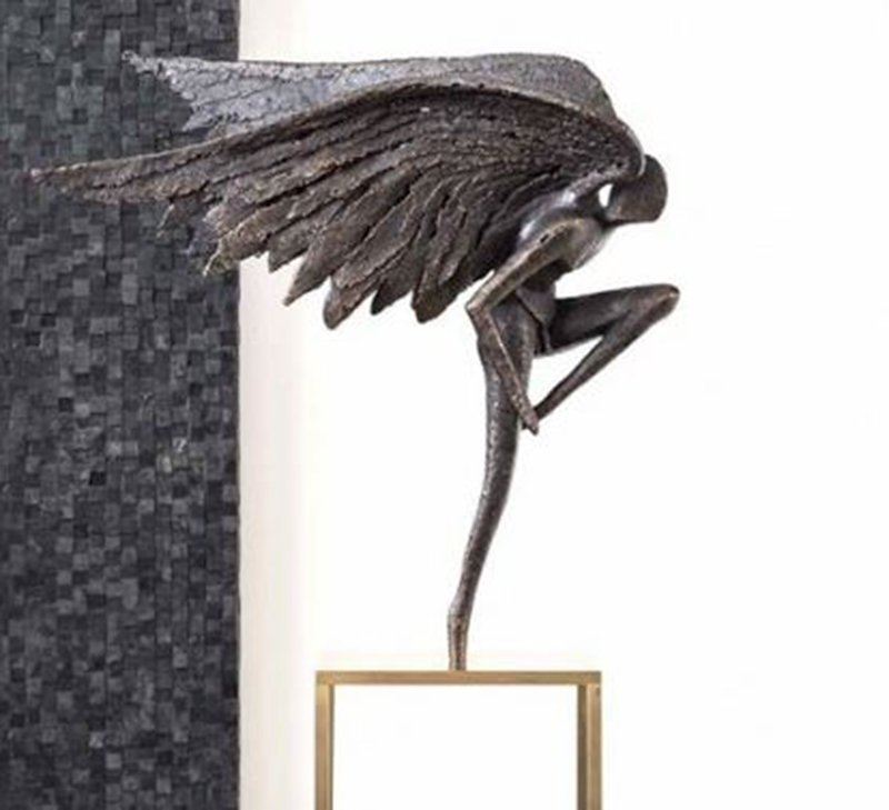 angel-of-freedom-sculpture-ambience-home-design-01