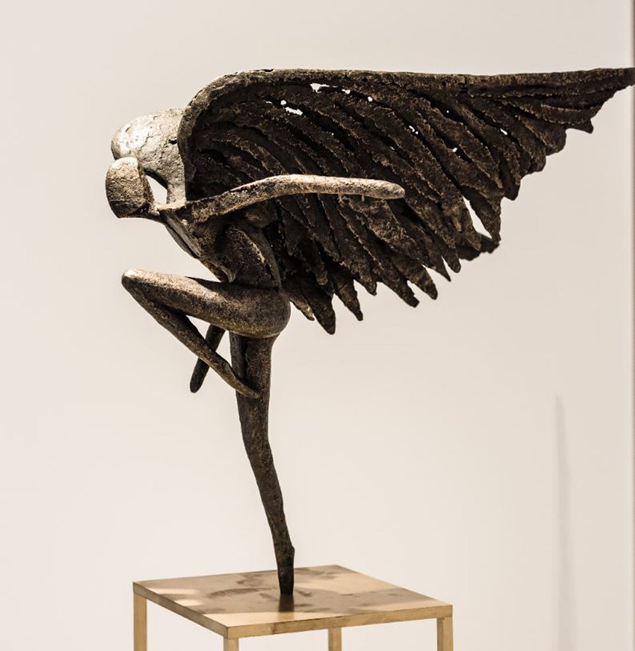 angel-of-freedom-sculpture-ambience-home-design-02
