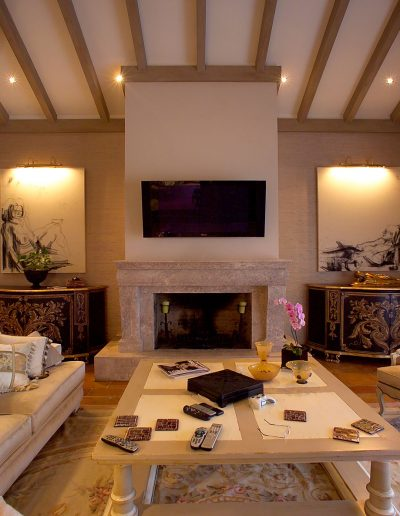 la-zagaleta-rustic-village-ambience-home-design-09