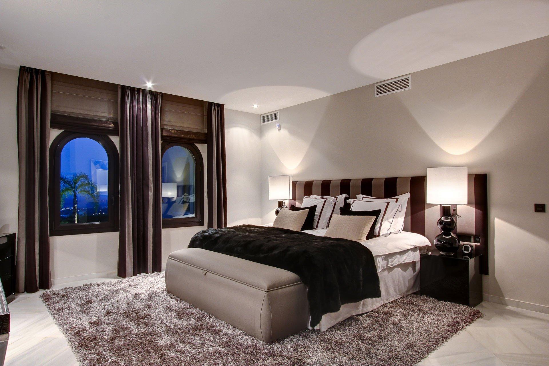 villa-marbella-bedroom-ambience-home-design-02