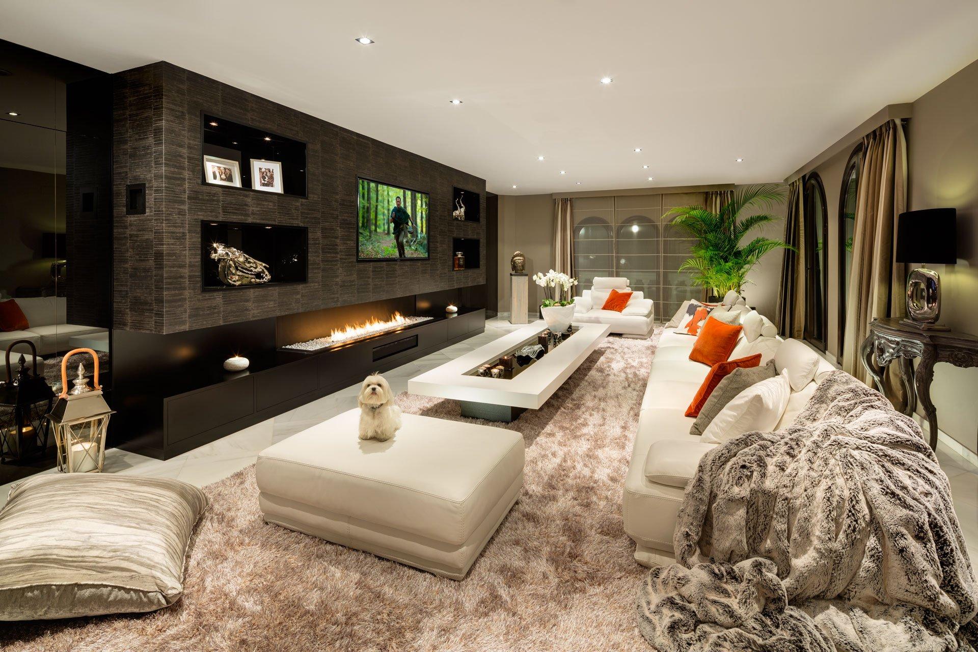 villa-marbella-living-room-ambience-home-design-01